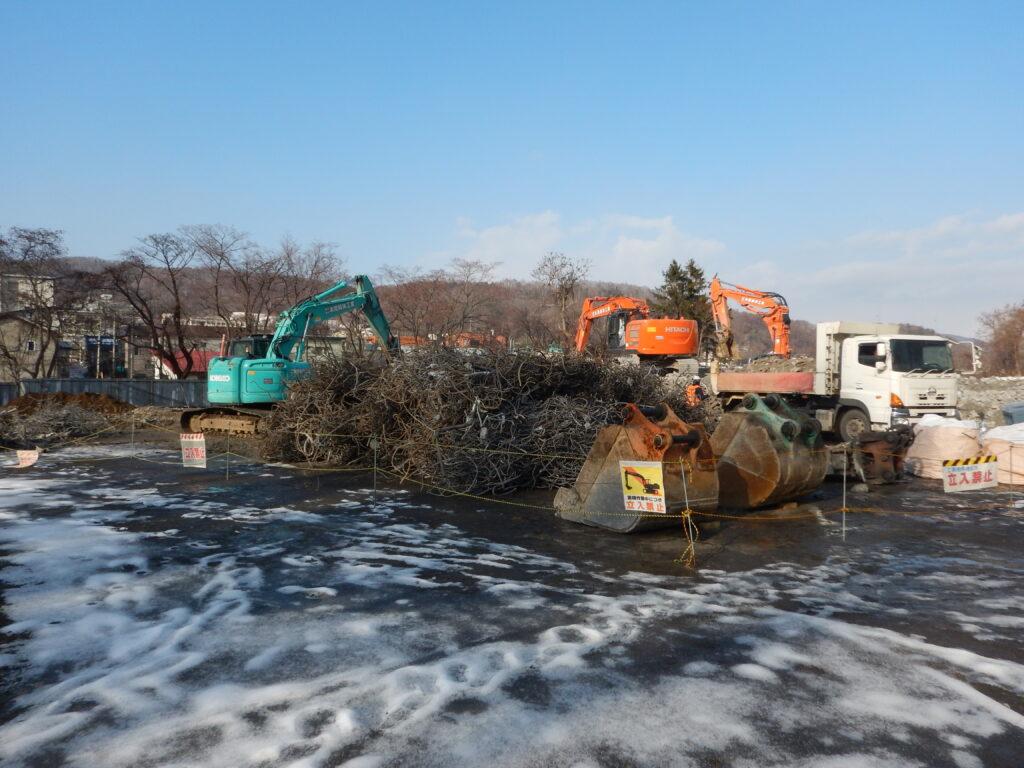 旧緑小学校解体工事