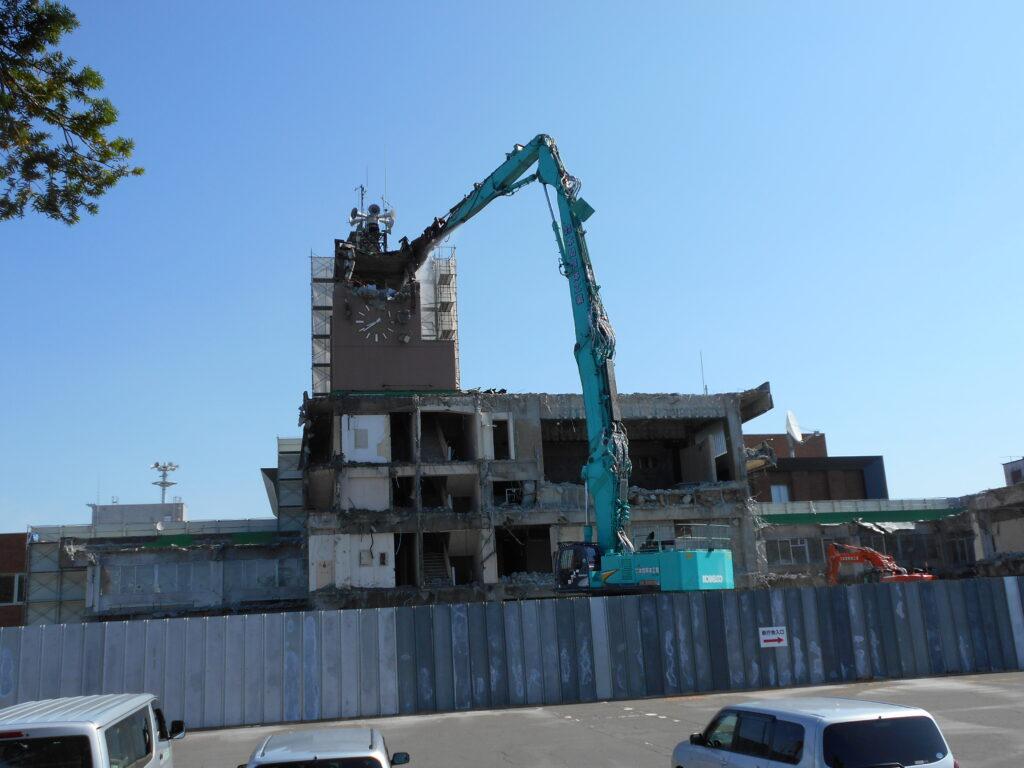 新十津川庁舎建設事業既存庁舎解体工事